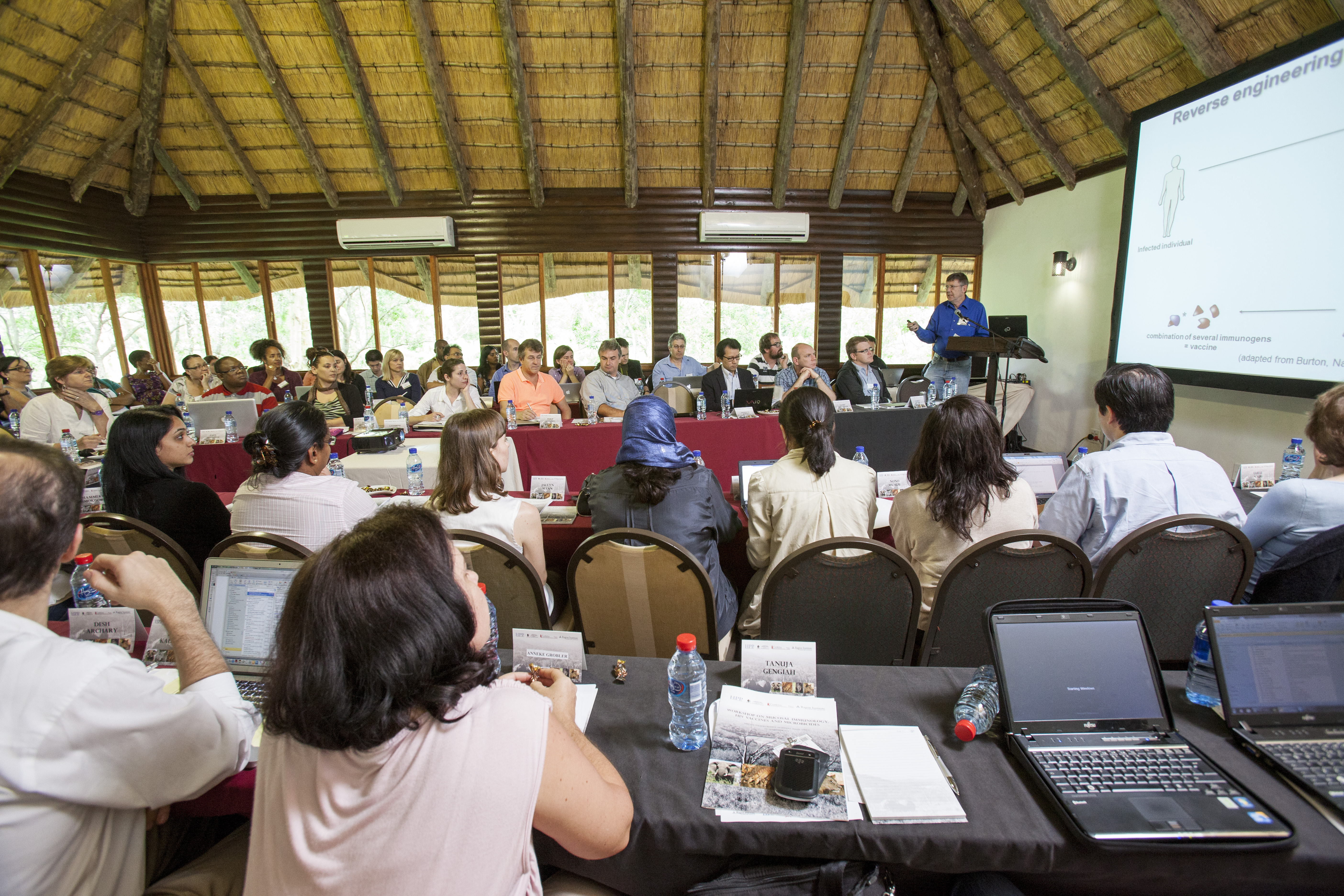 conference-centre-at-ubizane-tree-lodge-photographer-dean-demos